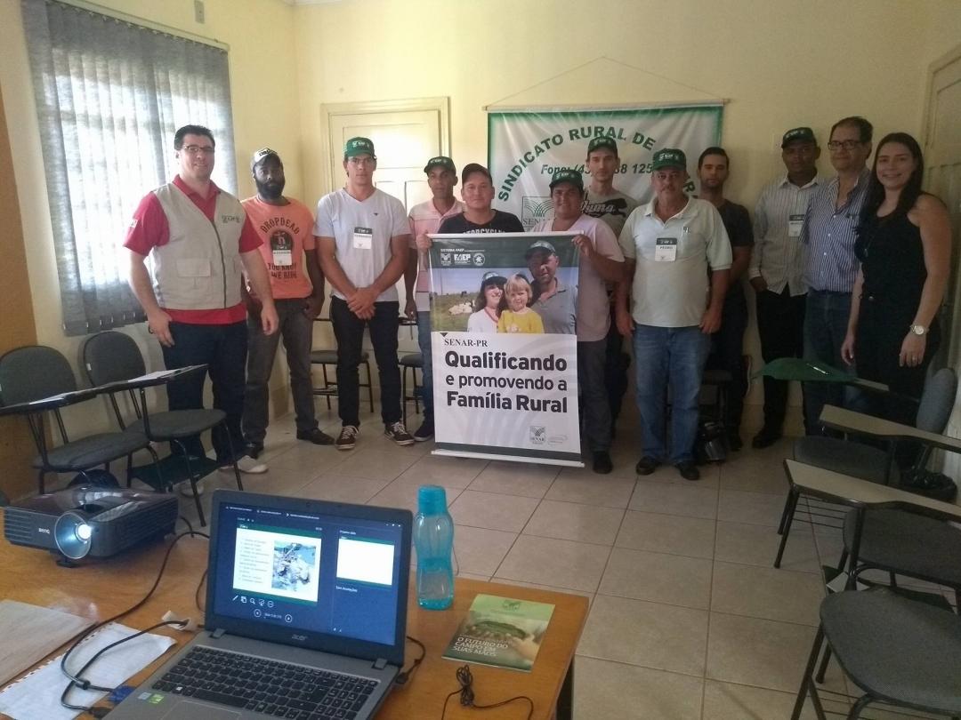 Prefeitura de Andirá, Sindicato Rural e Senar promovem curso de Operação e Manutenção de Motoniveladora