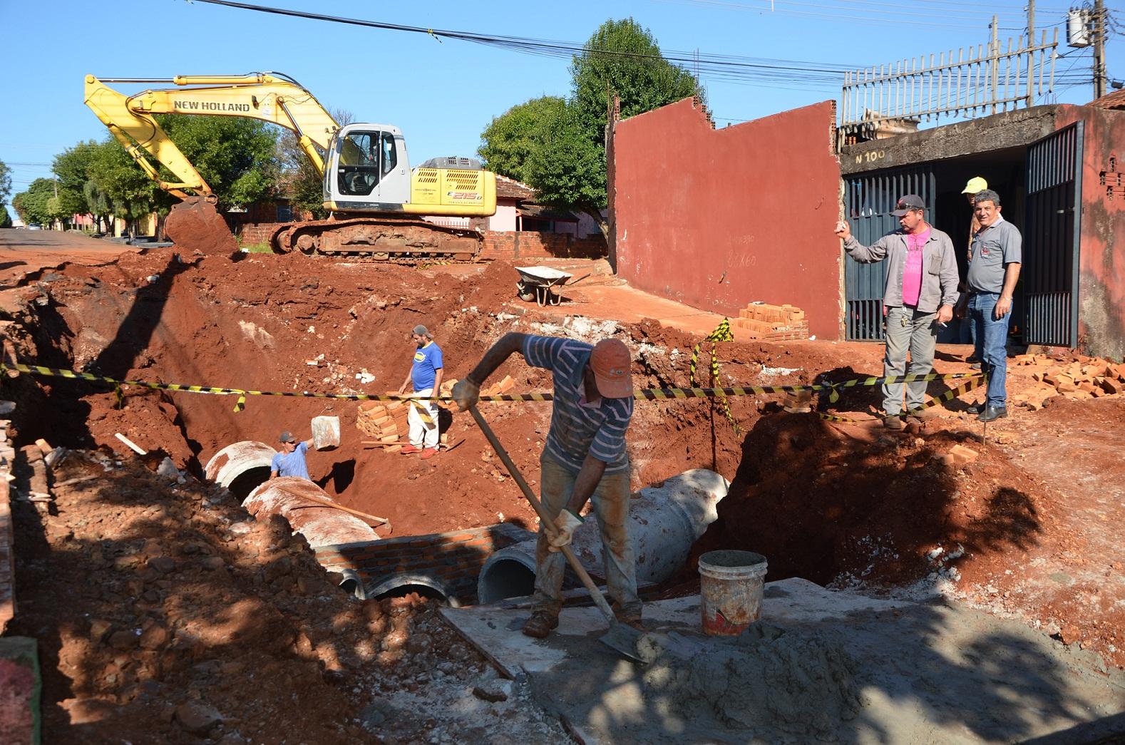 Galerias da Rua Rondônia devem ficam prontas até o final de semana, informou Secretaria de Obras