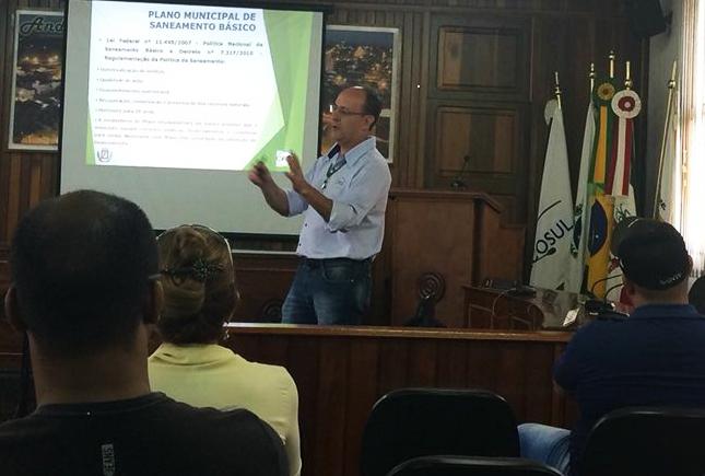 Para modernizar o sistema e resolver demandas, Andirá começa a mobilizar o Plano Municipal de Saneamento Básico