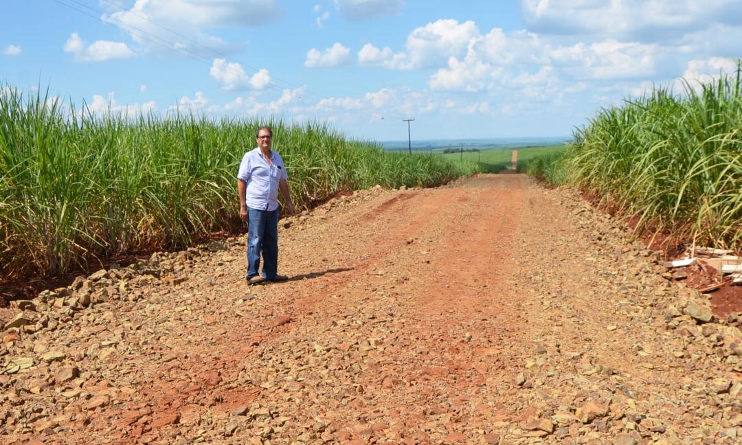 Secretaria de Agricultura realiza ações de infraestrutura nas estradas da Pimenteira
