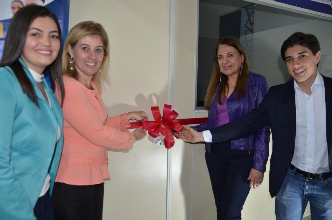 Para fortalecer as políticas de apoio às micro e pequenas empresas, Andirá inaugura Sala do Empreendedor