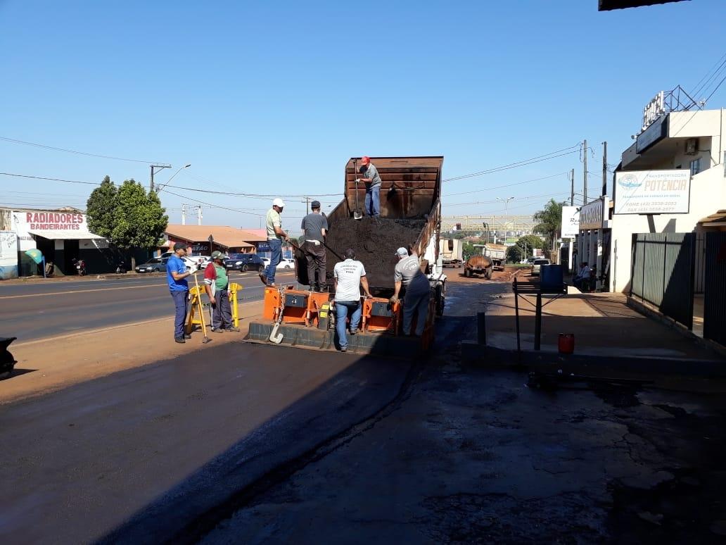 Pavimentação na Av. Brasil: Obras trouxeram mais segurança aos que transitam pelo local