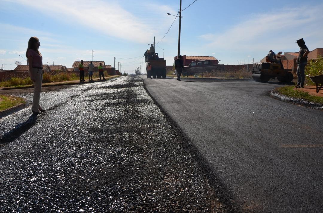Quase concluído o asfalto no Jardim Paulino Daláqua