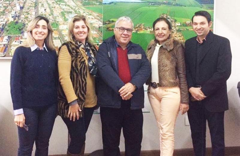 Diretor da Paraná Turismo visita Andirá e firma parcerias para o desenvolvimento do setor no município
