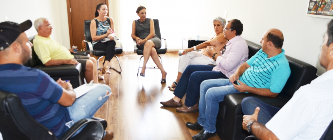 Prefeitura de Andirá articula propostas de cursos de formação profissional com a UENP
