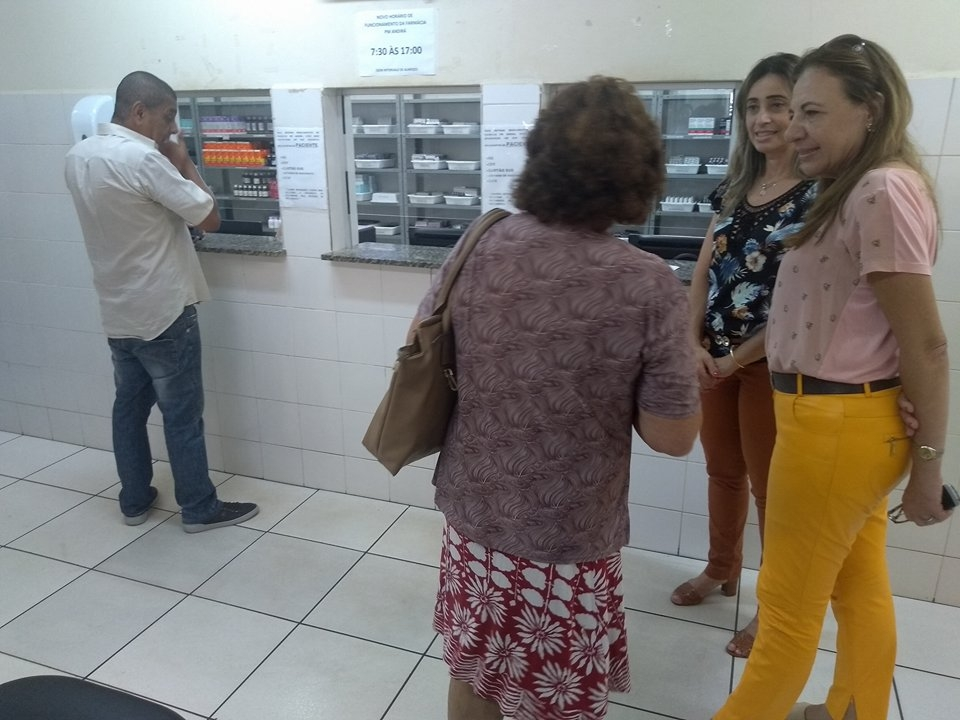 Farmácia Municipal passa a atender a população, também, no horário do almoço