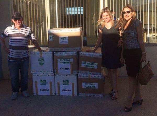 Prefeitura de Andirá recebe materiais para atividades esportivas no município