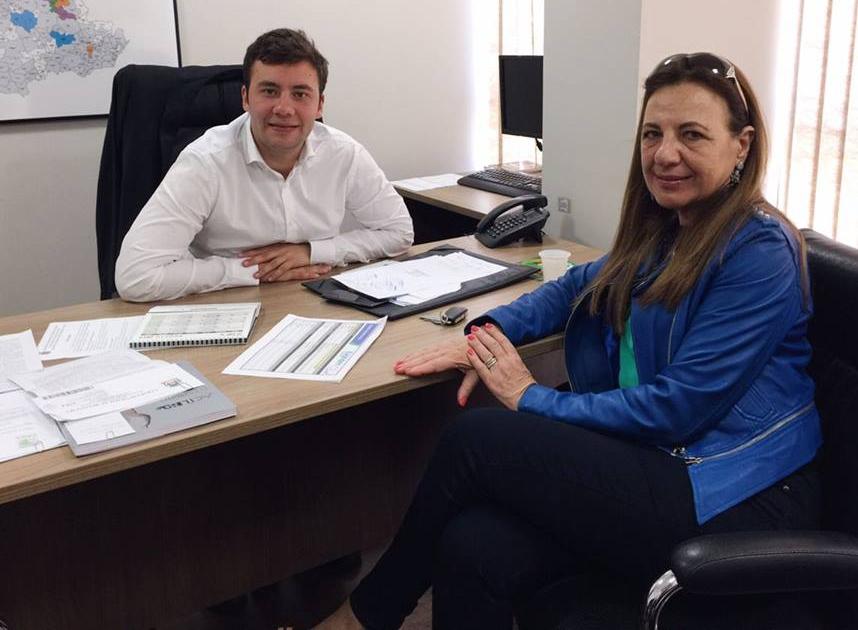 Em Curitiba, prefeita se reúne com deputado Evandro Junior e busca recursos para o município