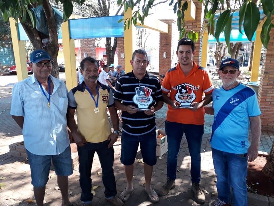 Esporte mobiliza competidores no 2º Torneio de Truco de Andirá